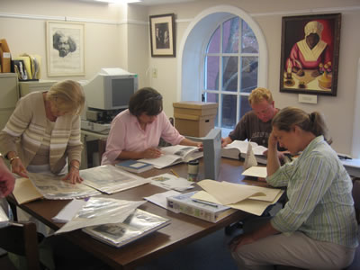Lowcountry Teachers Look Through Primary Sources at the Avery Research Center